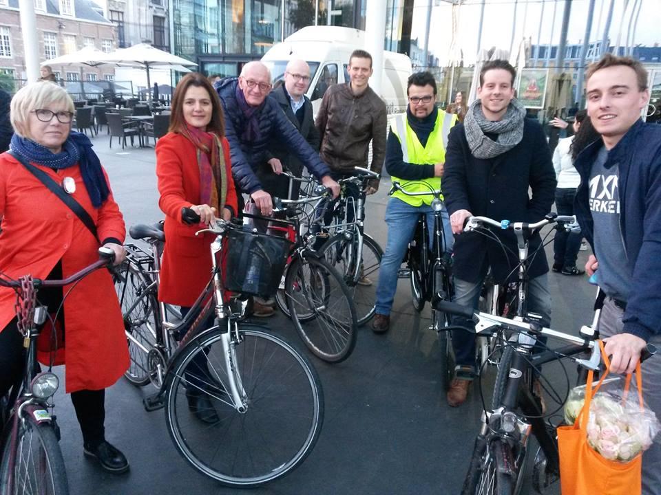 Critical Mass Bike Ride eert Antwerpse fiets slachtoffers (GVA)